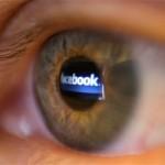 70% dintre copiii români primesc mesaje sexuale pe Net