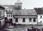 Singura sinagogă de la Auschwitz e pe punctul să se prăbuşeascăthumb1