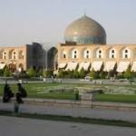 Autoritățile iraniene au arestat trei convertiți la creștinism în Esfahan