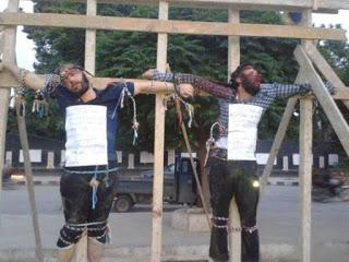 evul-mediu-renaste-patimile-crestinilor-in-lumea-jihadista-320540-1 (1)