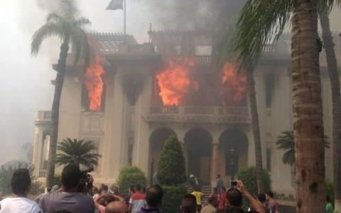 biserica_incendiata