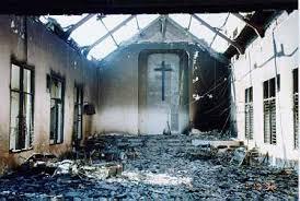 biserica incendiata foc indonezia
