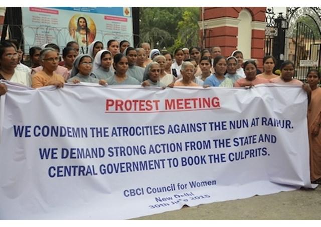 proteste india catolici