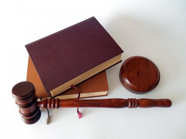 judecator lege ciocan_t