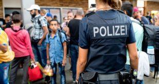 """Austria – Creștinilor în căutare de azil li se pun întrebări """"absurd de dificile"""" pentru a dovedi autenticitatea convertirii"""