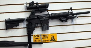 Arme automate binecuvantate intr-o biserica din SUA