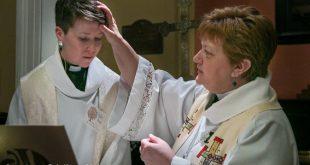 """""""BISERICA"""" LUTERANA sărbătorește SCHIMBAREA SEXULUI unui pastor"""