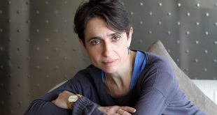 Activista evreica lesbiana Masha Gessen: LEGALIZAM casatoria intre homosexuali ca sa DISTRUGEM familia