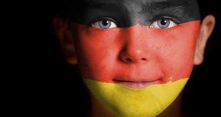 """OFICIAL GERMAN: COPIII CARE AU """"PĂRINȚI ANTISEMIȚI"""" AR TREBUI SĂ FIE LUAȚI DE LÂNGĂ FAMILIILE LOR"""